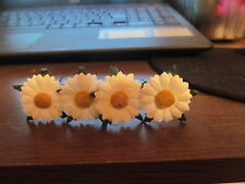 SETS OF 4 WHITE DAISY FLOWER HAIR PINS IDEAL WEDDING OR SPECIAL OCCASION
