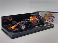 Minichamps 410180603 # Aston Martin Red Bull RB14 No.3 F1 2018 D. Ricciardo 1:43