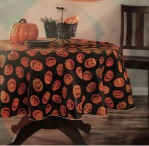 "NEW Halloween Vinyl Tablecloth Black Orange Pumpkin Jack O' Lantern 70"" Round"