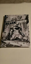 BATMAN: BLACK & WHITE VOL 4 ~ DC HARD COVER~ NEW SEALED