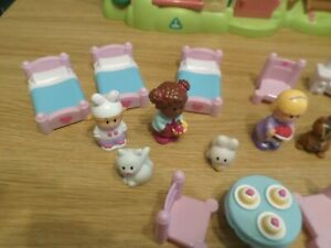 ELC HAPPYLAND CHERRY LANE COTTAGE, FURNITURE AND FIGURES ONLY  FREE UK POST