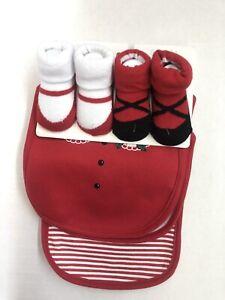 New! Little Treasure 5 Pcs Christmas Holiday Baby Bibs & Socks Set 0-9 Months