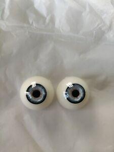 Dolls Eyes 28mm reborn/bjd acrylic