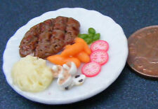 1:12 Large Steak & Mashed Potatoes On 3.5cm Ceramic Plate Dolls House Miniature