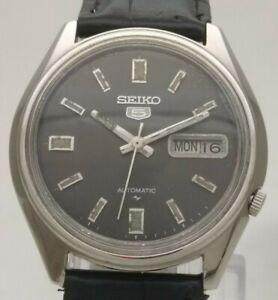 Vintage Seiko 5 Japan 17J Automatic 7009 4040 St. Steel Day Date Men Wrist Watch