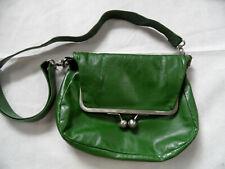 STICKSANDSTONES stylische Clip-Handtasche Cannes grün TOP BI620