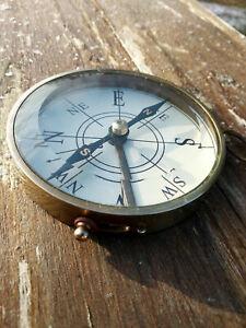Boussole compas HMS Endeavour diametre 8cm laiton vitre verre biseau,neuve
