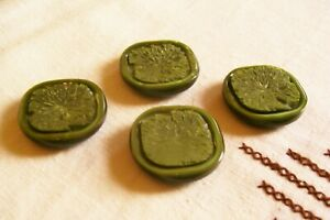4 vintage 1950's marbled green buttons 24 mm. diameter