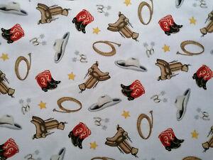 Sattel 10 X 112 cm Baumwollstoff Rodeo Lasso Reiten Hut Stiefel Sterne Pferde