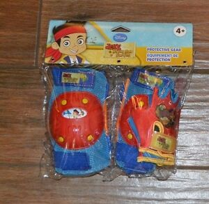 BELLS & DISNEY Knee & Elbow Pads & Gloves JAKE & NEVER LAND PIRATES Age 4+ NEW