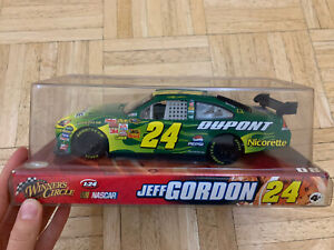 Winners Circle Nascar Jeff Gordon 24 Car 1/24 New Dupont Nicorette