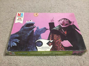 Sesame Street 24 Piece Jigsaw Puzzle Cookie Monster Count Complete Vintage 1976