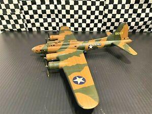 "Corgi B-17E Flying Fortress -97th BG, 414th BS -""Yankee Doodle"" 1942- 1:72 Boxed"