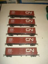 HO ROUNDHOUSE LOT OF 5 CN 50'  INSULATED BOX CARS ?