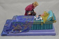WDCC Walt Disney Sleeping Beauty Love's First Kiss 324/1959 Aurora Prince Philip