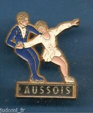 Pin's pin DUO PATINAGE ARTISTIQUE ( ref L22 )