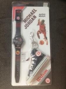 Michael Jordan Vintage Watch and Sneaker Keychain NIB Chicago Bulls
