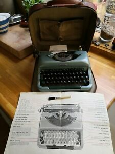 Imperial Good Companion 4 portable manual typewriter, working order, instruction