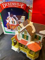 Dickensville Collectables Noma Porcelain Lighted House (porch) 28601 Village