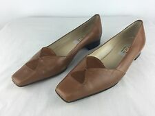 WOMEN'S TALBOTS 8.5 M - Tan Brown Low Heel Dress Casual Shoes - Made In Italy