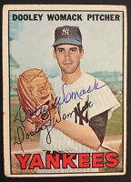 Dooley Womack Yankees Signed 1967 Topps Baseball Card #77 Auto Autograph 1