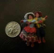 VINTAGE MINIATURE WOVEN THREAD WINDING WIRE COUPLE DOLL ~ ETHNIC SPANISH MEXICAN