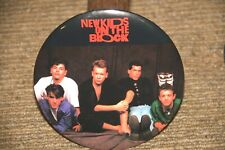 "New Kids On The Block Vintage 6"" Button / Pin 1990 ""Group"" Relaxing . Nos"