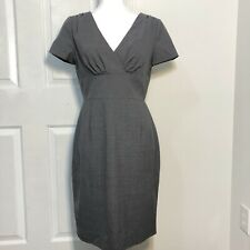 Banana Republic Lightweight Wool Sheath Dress - Size 6 - Grey Lined V-Neck