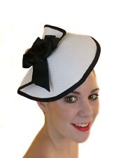 BLACK WHITE BOW FASCINATOR HAT RACES WEDDING MELBOURNE CUP DERBY DAY