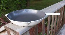 Vintage LE CREUSET Cast Iron SKILLET Frying Pan #26 White Enamel Double Spout