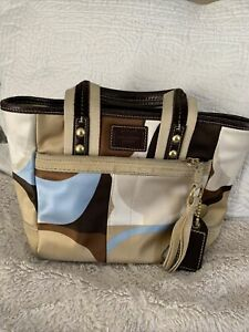 Pre Owned, Small coach handbag, Multi Color Suede Bottom