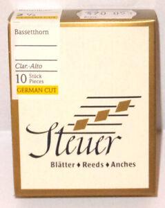 Bassetthorn Blätter Steuer White Line deutscher schnitt