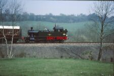PHOTO  LMS  SMALL PRAIRIE 4566 AMBLES THROUGH THE COUNTRYSIDE BETWEEN HAMPTON LO
