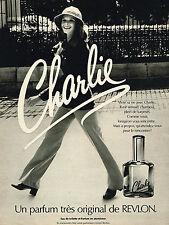 PUBLICITE ADVERTISING 064  1969  REVLON   parfum CHARLIE