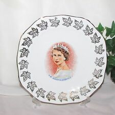 QUEEN ELIZABETH II PLATE 1953 ALFRED MEAKIN GLO-WHITE ENGLAND GOLD LEAVES VINTAG