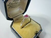 A Very Beautiful Ladies 9ct White Gold Pink Topaz & Diamond Ring Size P1/2, 1.3g
