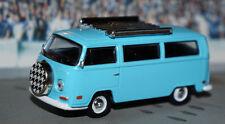 LIMITED 1972 VOLKSWAGEN bus van diecast 1/64 SCALE COLLECTOR GREENLIGHT 72 VW