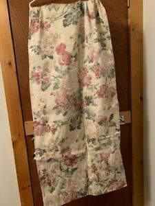 "JC Penney - Annalise Floral Jacquard Curtains (24"" X 82"") (NEW)"