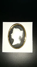 Cameo broach - white cameo on black - no stone