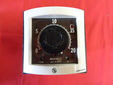 THERMO ELECTRIC 970/980 *NEW* 32-970000-22  ANALOG TEMPERATURE CONTROLLER