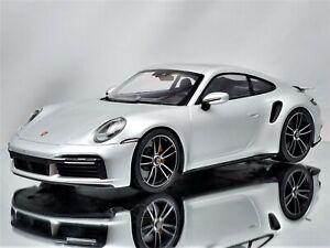 Minichamps Porsche 911 (992) Turbo S 2020 Silver Metallic 1:18