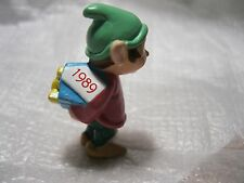 1989 HALLMARK Christmas Merry Miniature ELF WITH PACKAGE