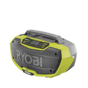 Ryobi R18RH-0 Akku-Stereo-Radio  mit Bluetooth-Funktion, USB und AUX In / Out