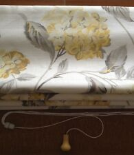 ROMAN BLIND in HYDRANGEA CAMOMILE Laura Ashley Fabric - MADE TO MEASURE