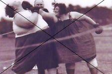 """curiosité , oddities : photo """" combat de poids lourds feminin"""""""