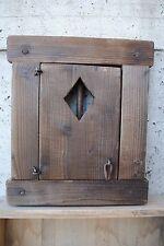 """Finestra in legno con porticina e grata -intaglio quadri- """"C"""""""