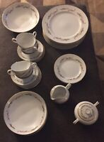 prestige fine china japan 8 piece set, sugar & creamer set, serving bowl