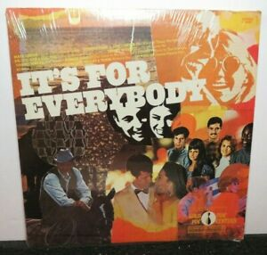 GOLD PIN FUN CENTERS IT'S FOR EVERYBODY JOHNNY CASH MARK LINDSAY (VG+) RECORD