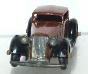 RD23 Dinky Toys 36c Humber Vogue. VGC