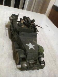 Unimax Forces Of Valour WW2 American Half truck Dee 200 +  3 figures 1:32